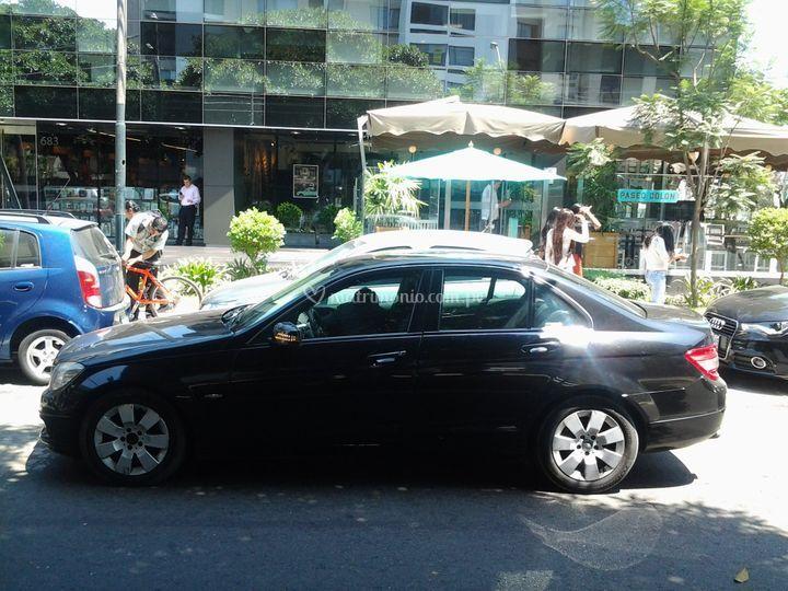 Mercedes Benz3