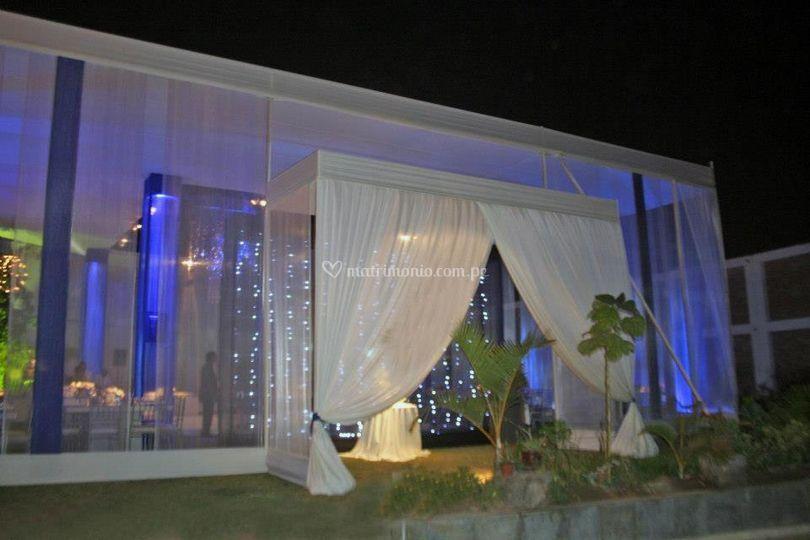Matrimonio lila-perla de Jas Producciones