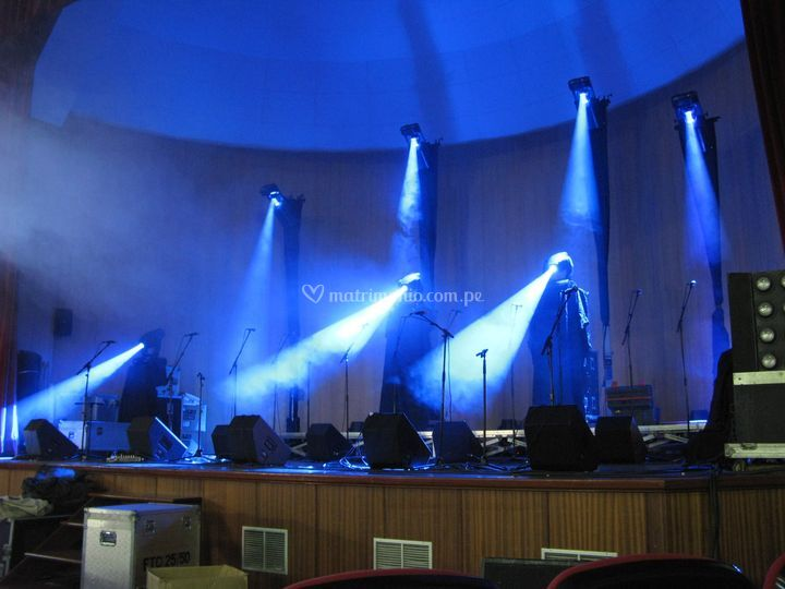 Sonido y luces de escenario