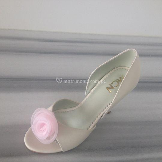 Femenino detalle de rosa