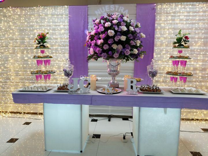 Mesa buffet para 50 personas