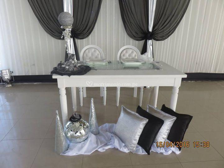 Mesa para novios ilusión