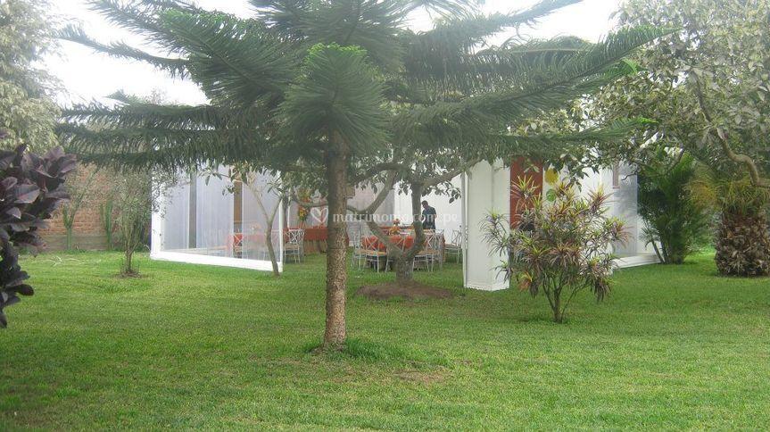 Casa para eventos pachacamac for Casa jardin buffet