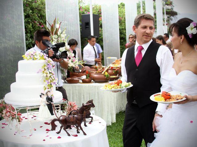 El matrimonio de Mike y Liz en Lima, Lima 69