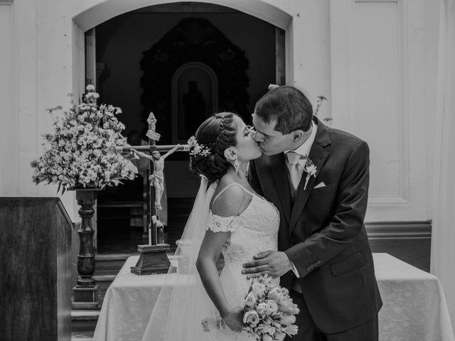 El matrimonio de Sebastian y Cecilia en Ate, Lima 20