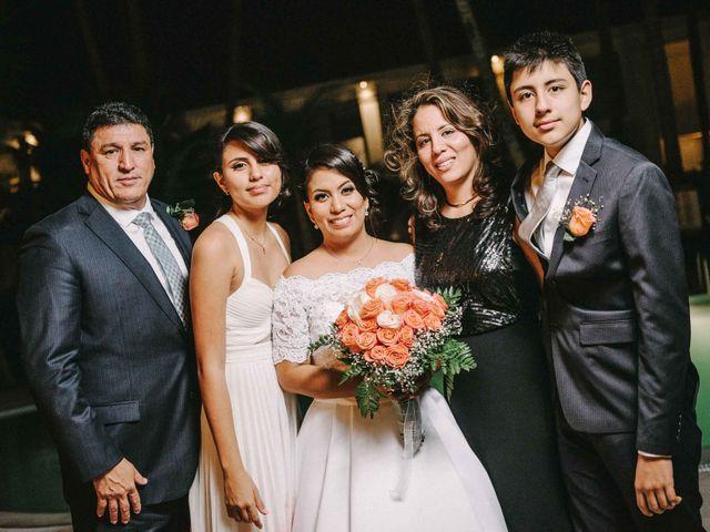 El matrimonio de Javier y Maria en Piura, Piura 40