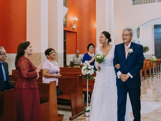 El matrimonio de Sébastien y Denisse en Lima, Lima 26