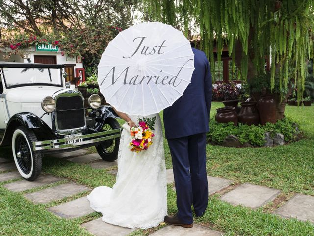 El matrimonio de Gareth y Maritza en Santiago de Surco, Lima 16