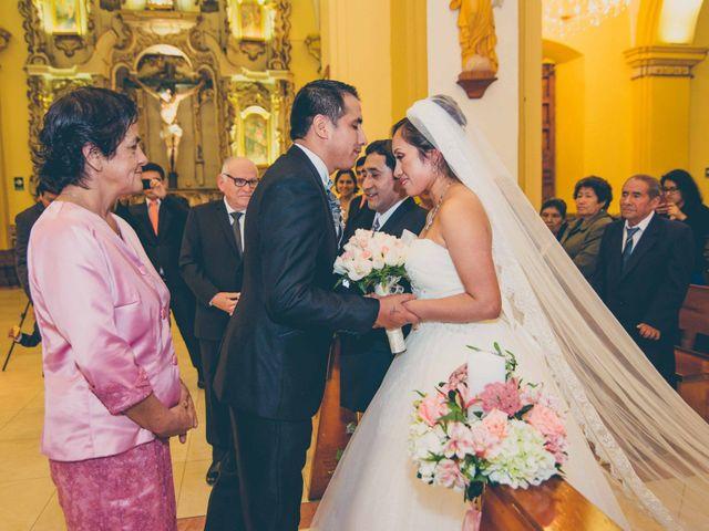 El matrimonio de Elton y Fiorella en Trujillo, La Libertad 52