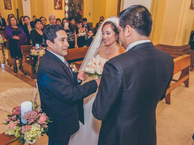 El matrimonio de Elton y Fiorella en Trujillo, La Libertad 53