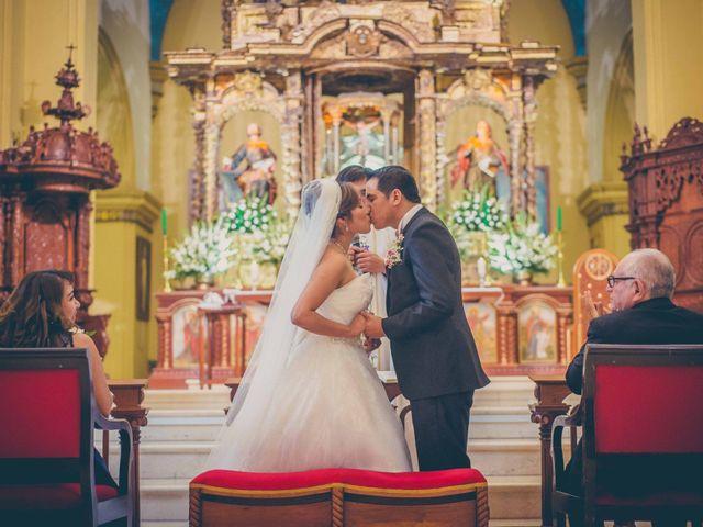 El matrimonio de Elton y Fiorella en Trujillo, La Libertad 1