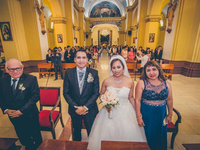 El matrimonio de Elton y Fiorella en Trujillo, La Libertad 71
