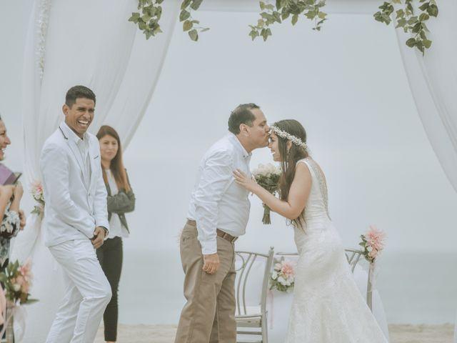 El matrimonio de Yoffre y Yahaira en Punta Negra, Lima 4