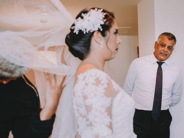 El matrimonio de Fernando y Milagros en San Miguel, Lima 14