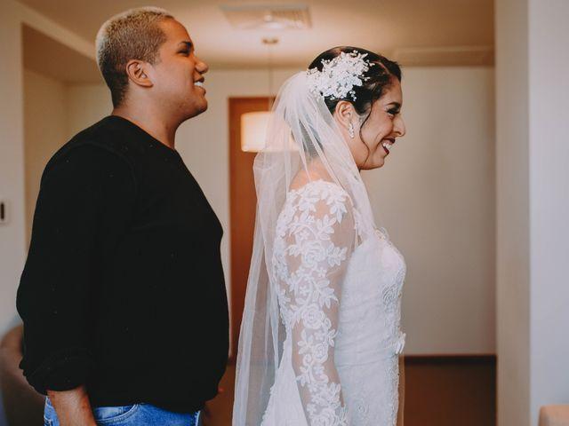 El matrimonio de Fernando y Milagros en San Miguel, Lima 15