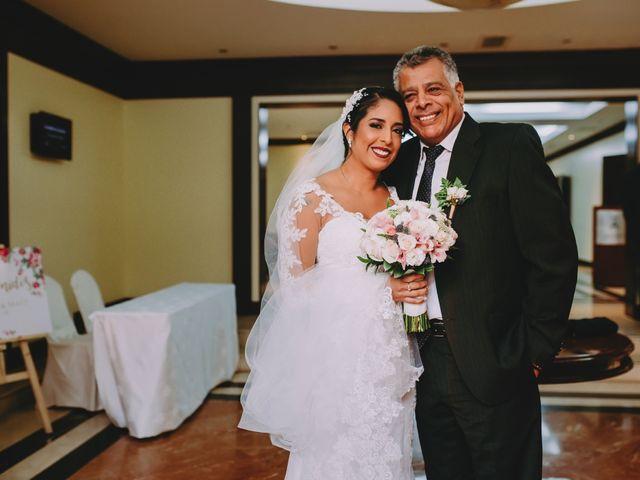 El matrimonio de Fernando y Milagros en San Miguel, Lima 20