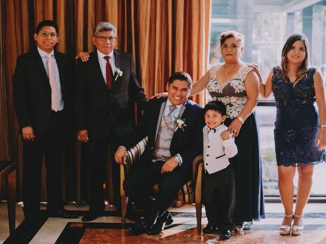 El matrimonio de Fernando y Milagros en San Miguel, Lima 30