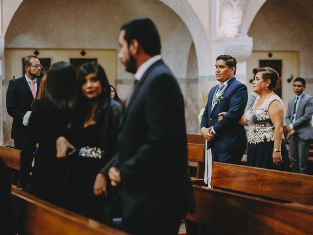 El matrimonio de Fernando y Milagros en San Miguel, Lima 33