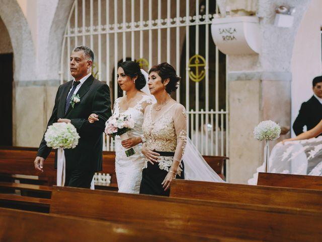 El matrimonio de Fernando y Milagros en San Miguel, Lima 35
