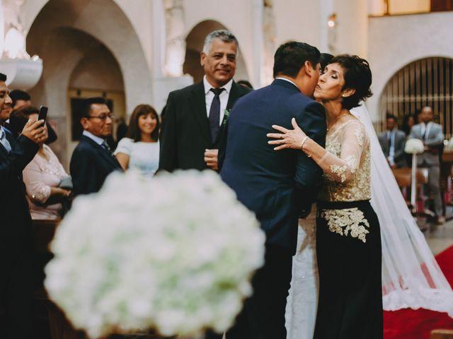 El matrimonio de Fernando y Milagros en San Miguel, Lima 36
