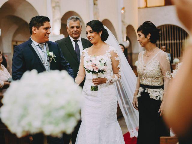 El matrimonio de Fernando y Milagros en San Miguel, Lima 38