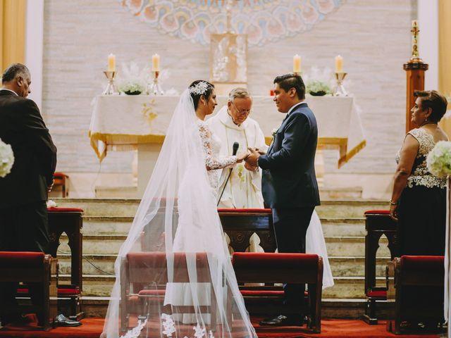 El matrimonio de Fernando y Milagros en San Miguel, Lima 44