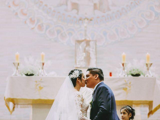 El matrimonio de Fernando y Milagros en San Miguel, Lima 45