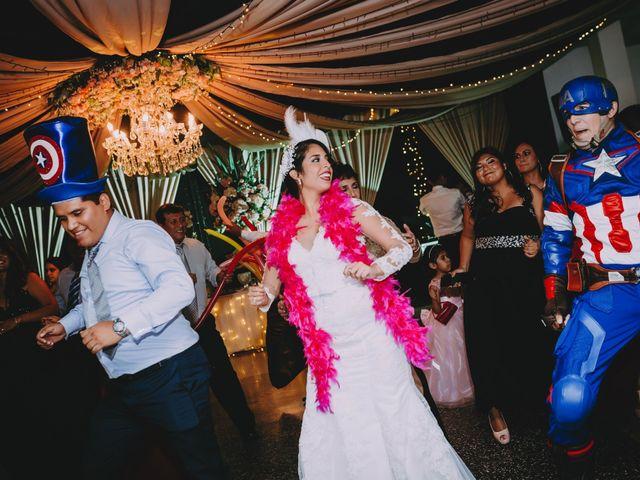 El matrimonio de Fernando y Milagros en San Miguel, Lima 91