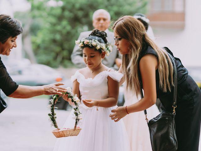 El matrimonio de Julio y Fatima en Chorrillos, Lima 35