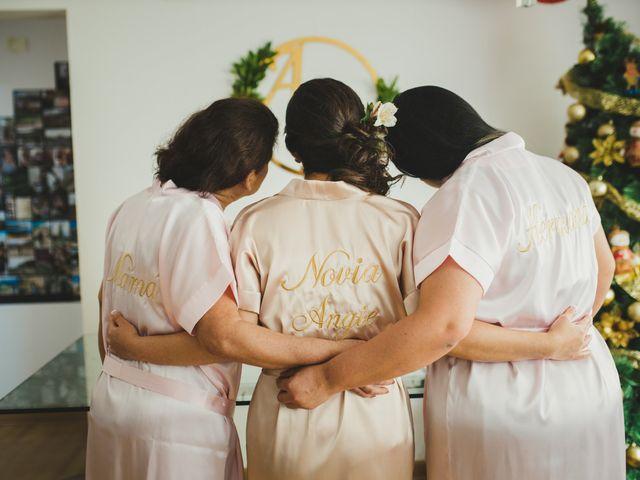El matrimonio de Álex y Angélica en Santiago de Surco, Lima 9
