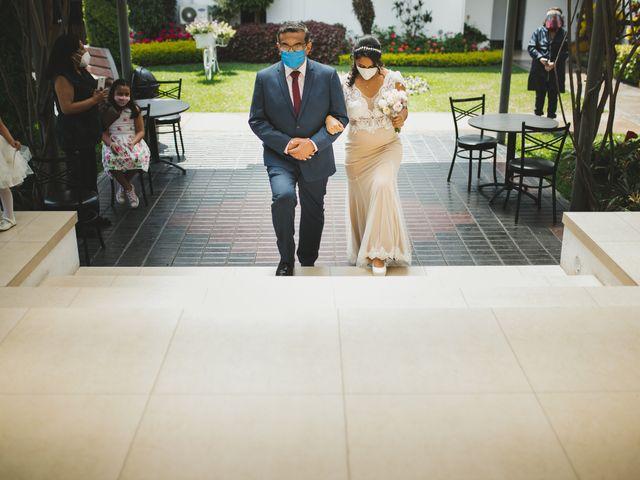 El matrimonio de Reginaldo y Patricia en San Borja, Lima 3