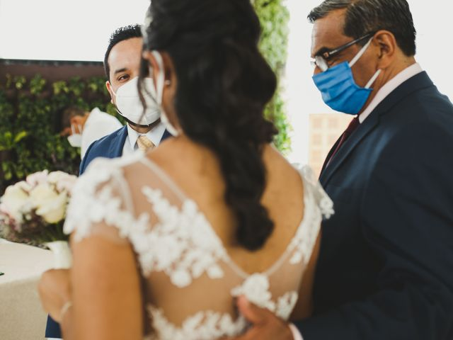 El matrimonio de Reginaldo y Patricia en San Borja, Lima 4