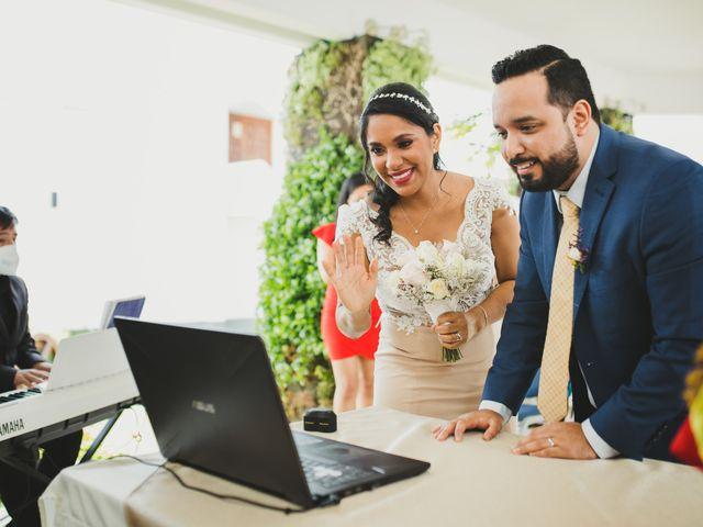El matrimonio de Reginaldo y Patricia en San Borja, Lima 19
