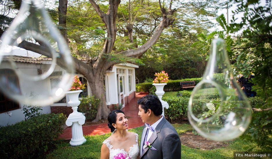El matrimonio de Carlos y María en Lima, Lima