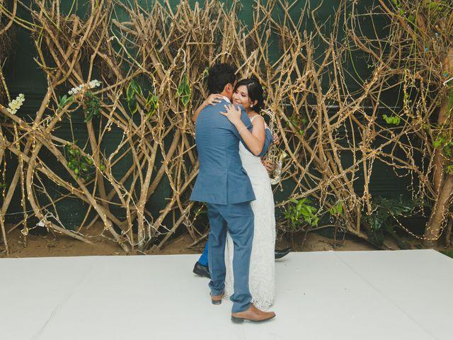 El matrimonio de Joel y Angie en San Miguel, Lima 16