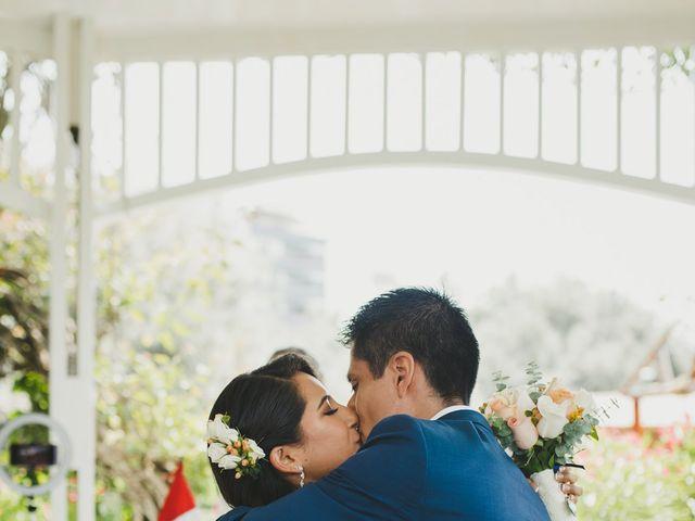 El matrimonio de Alex y Luzma en San Borja, Lima 9