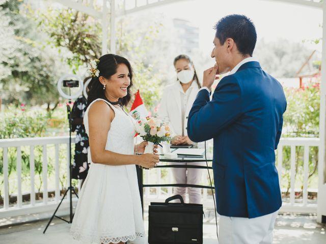 El matrimonio de Alex y Luzma en San Borja, Lima 11
