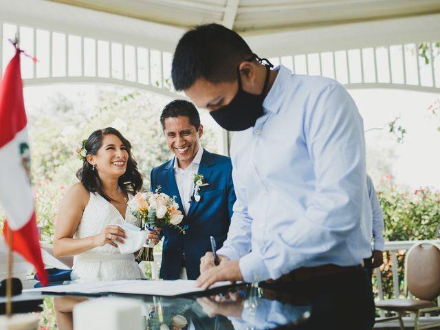El matrimonio de Alex y Luzma en San Borja, Lima 21