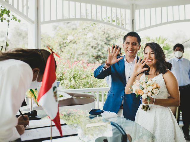 El matrimonio de Alex y Luzma en San Borja, Lima 22