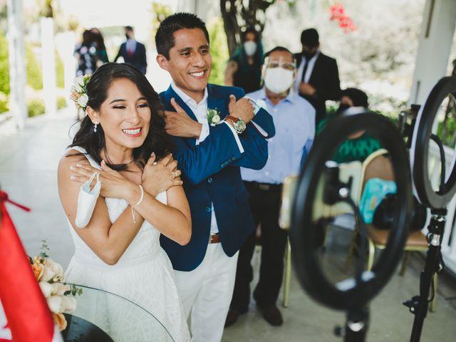 El matrimonio de Alex y Luzma en San Borja, Lima 28