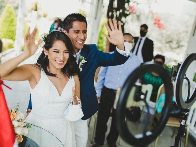 El matrimonio de Alex y Luzma en San Borja, Lima 29