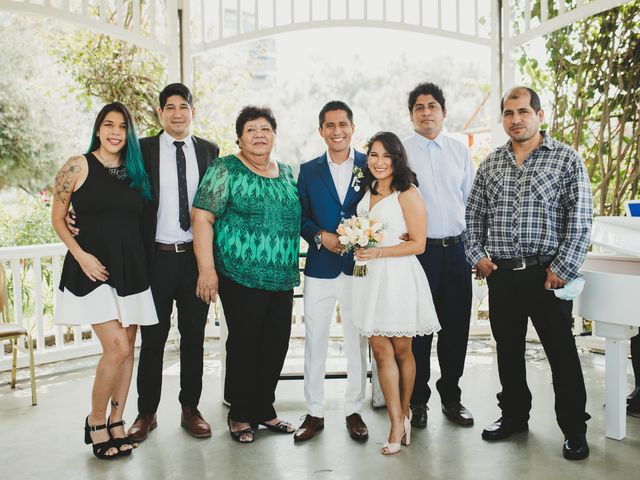 El matrimonio de Alex y Luzma en San Borja, Lima 31