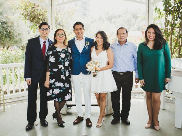 El matrimonio de Alex y Luzma en San Borja, Lima 32