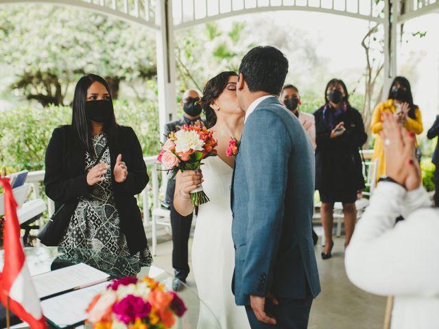 El matrimonio de Edison y Diana en San Borja, Lima 17