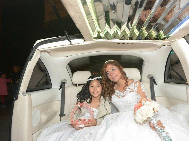 El matrimonio de Santiago y Luciana  en Lima, Lima 9