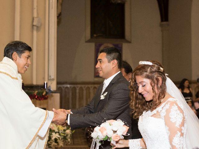 El matrimonio de Santiago y Luciana  en Lima, Lima 11
