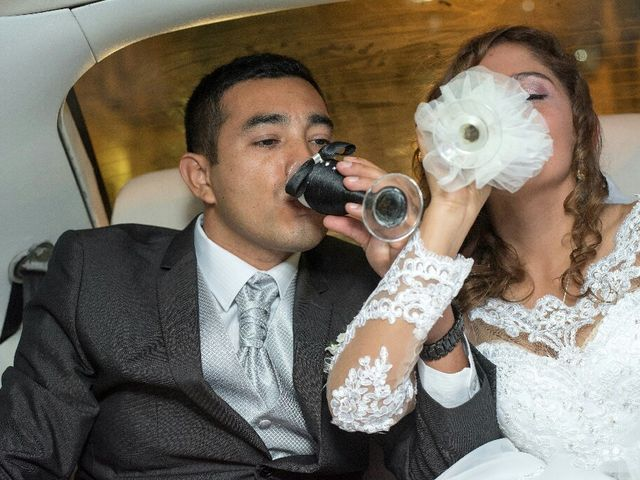 El matrimonio de Santiago y Luciana  en Lima, Lima 13