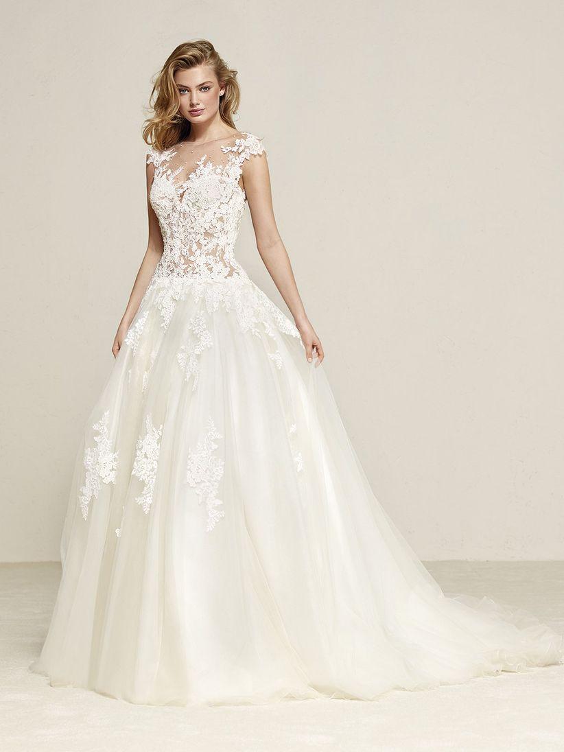 7696f490e Tipos de colas según el vestido de novia y estilo ¡elige el tuyo!