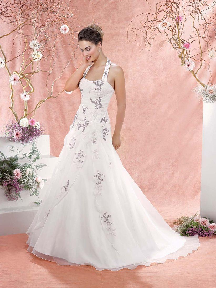 Vestidos de novia escote halter 2018: sensuales y muy sofisticados