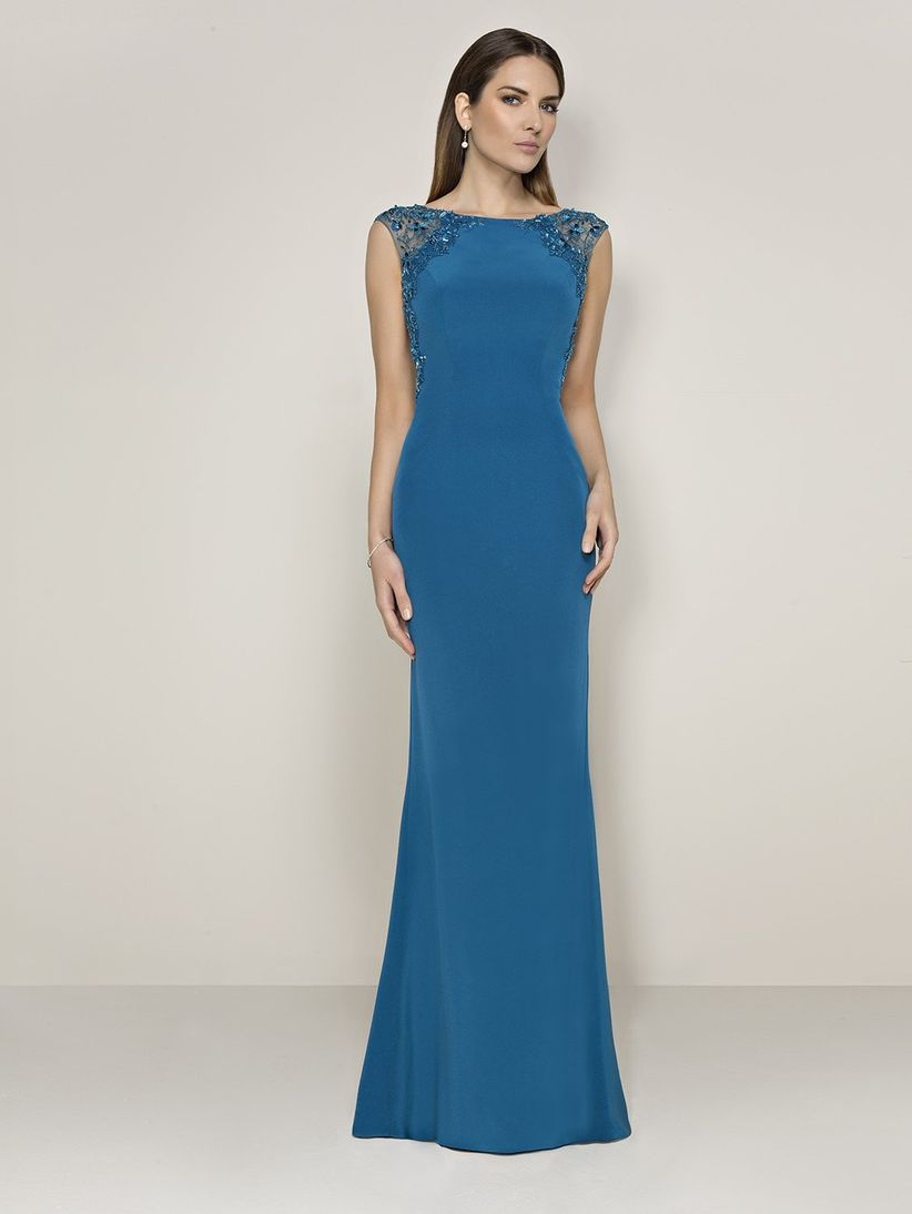 3d851fea87 65 vestidos de fiesta azul  el outfit perfecto para la invitada 2019